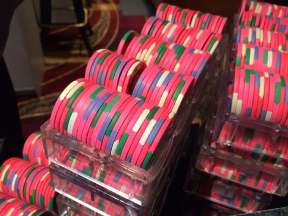five dollar gambling chips