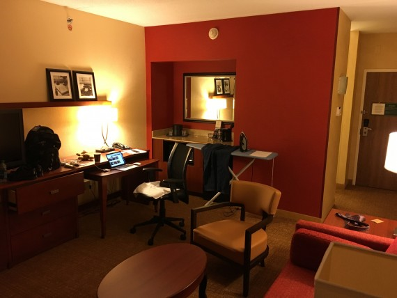 Courtyard Marriott room