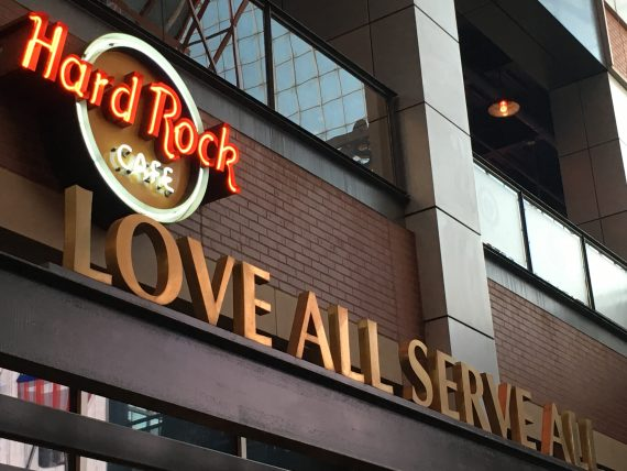 Hard Rock Cafe Louisville sign