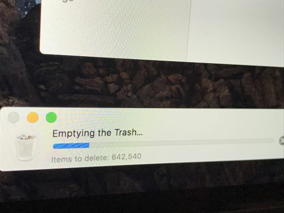 Deleting computer files
